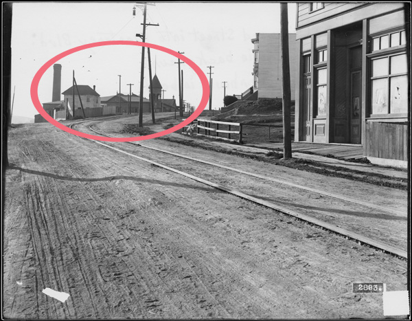 Circular Ave in foreground, with saloon located behind photographer. Sunnyside Powerhouse indicated. 1911. Photo courtesy SFMTA. SFMTA.photoshelter.com.