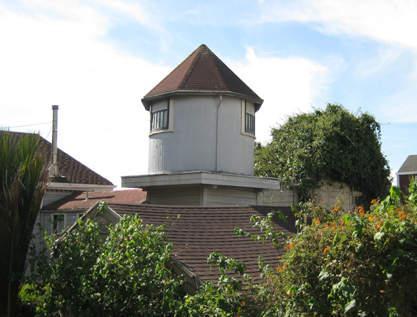 The small observatory at the back of Merralls house, which still stands today. 2015 Photo: Amy O'Hair.