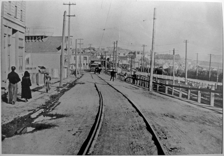 About 1900. View of Sunnyside crossing from about 56 Monterey Blvd (then Circular Ave). Photo from Western Neighborhoods Project, courtesy a private collector.